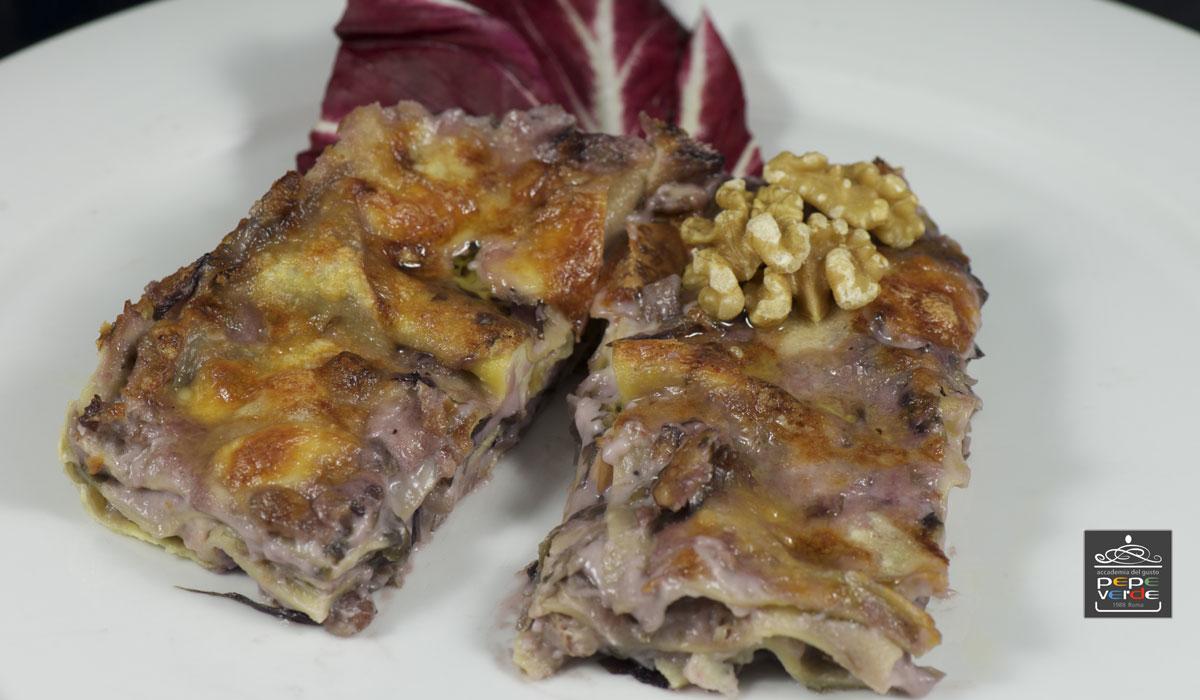 Lasagna di semola con radicchio e noci